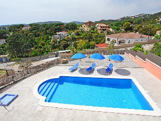 4 bedroom Villa in Lloret de Mar, Costa Brava, Spain : ref 2215076 - Lloret de Mar vacation rentals