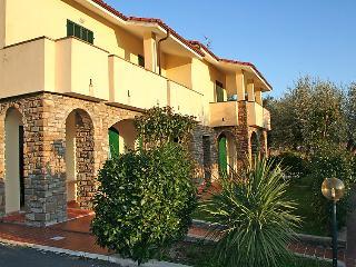 2 bedroom Apartment in Imperia, Liguria Riviera Ponente, Italy : ref 2013050 - Poggi vacation rentals
