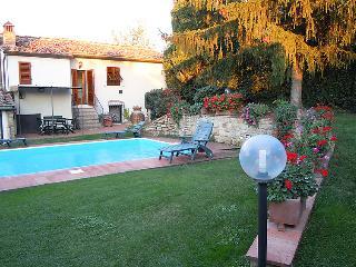 Comfortable 1 bedroom Farmhouse Barn in Impruneta - Impruneta vacation rentals