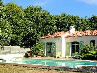 5 bedroom Villa in Pornic, Vendee  Western Loire, France : ref 2215556 - Chauve vacation rentals