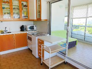 Bright House with Shared Outdoor Pool and Television - La Grande-Motte vacation rentals