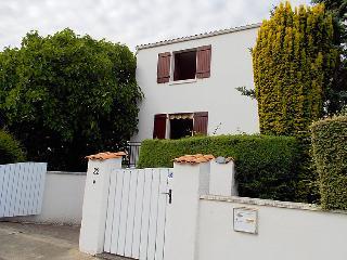 Bright 5 bedroom House in Royan - Royan vacation rentals
