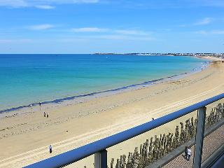 3 bedroom Apartment in Saint Malo, Brittany   Northern, France : ref 2218335 - Saint-Malo vacation rentals