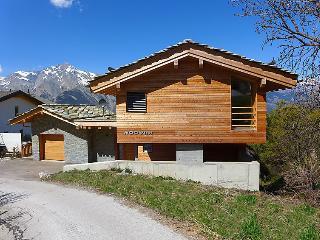 5 bedroom Villa in Nendaz, Valais, Switzerland : ref 2300764 - Nendaz vacation rentals