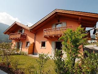 3 bedroom Apartment in Pinzolo, Trentino High Adige, Italy : ref 2059942 - Massimeno vacation rentals