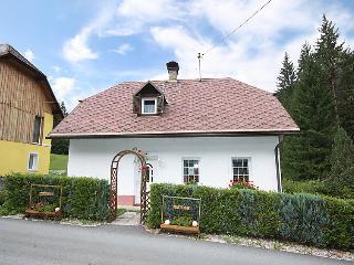 Sunny 2 bedroom House in Nassfeld - Nassfeld vacation rentals