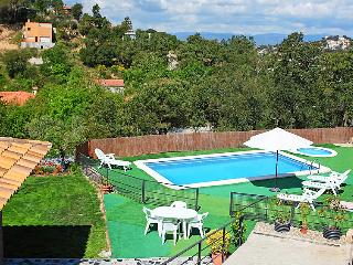 3 bedroom Villa in Lloret De Mar, Costa Brava, Spain : ref 2098927 - Mont Barbat vacation rentals