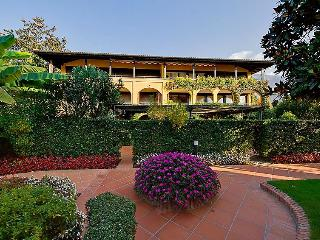 2 bedroom Apartment in Ascona, Ticino, Switzerland : ref 2297947 - Ascona vacation rentals