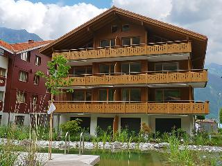 3 bedroom Apartment in Iseltwald, Bernese Oberland, Switzerland : ref 2297186 - Iseltwald vacation rentals