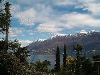 3 bedroom Villa in Brissago, Ticino, Switzerland : ref 2297952 - Brissago vacation rentals