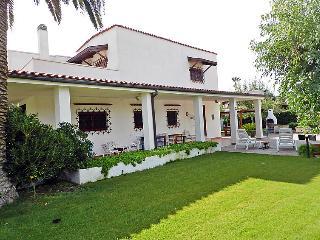 Bright 4 bedroom House in Barletta - Barletta vacation rentals
