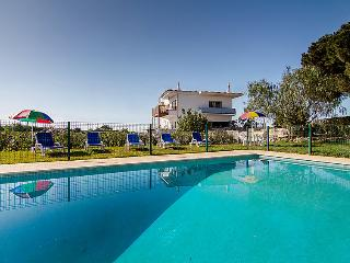 7 bedroom Villa in Albufeira, Algarve, Portugal : ref 2214800 - Branqueira vacation rentals