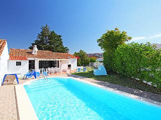 4 bedroom Villa in Albufeira, Algarve, Portugal : ref 2098807 - Areias de Sao Joao vacation rentals