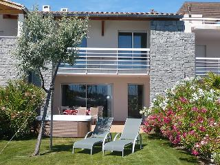 3 bedroom Villa in Cap d'Agde, Herault Aude, France : ref 2008211 - Cap-d'Agde vacation rentals
