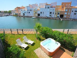 3 bedroom Villa in Cap d'Agde, Herault Aude, France : ref 2008209 - Cap-d'Agde vacation rentals