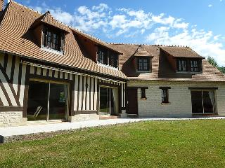 5 bedroom Villa in Deauville Trouville, Normandy, France : ref 2218765 - Benerville-sur-Mer vacation rentals
