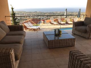 Superb 5 Bed Villa - Panoramic Sea Views - Pool - Peyia vacation rentals