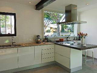 4 bedroom Villa in La Grande Motte, Herault Aude, France : ref 2056422 - La Grande-Motte vacation rentals