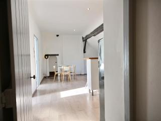 Saint-Remy 2 - 2 BR Apartment, 3rd Floor - ZEA 39165 - Liege vacation rentals