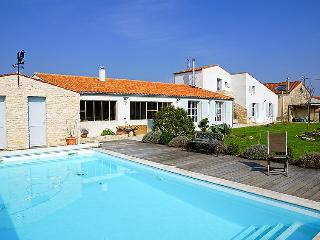 4 bedroom Villa in Ile d'Oleron, Poitou Charentes, France : ref 2097411 - Dolus d'Oleron vacation rentals