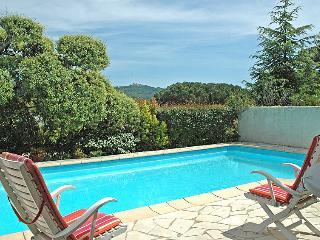 2 bedroom Villa in Saint Tropez, Cote d'Azur, France : ref 2024963 - Saint-Tropez vacation rentals