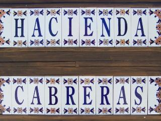 Hacienda Cabreras Rural Holiday Apartment, Villena - Villena vacation rentals