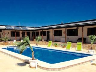 Hacienda Cabreras Rural Holiday Apartments Villena - Villena vacation rentals