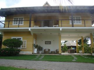 Bright 4 bedroom Cachoeiras de Macacu Cottage with Internet Access - Cachoeiras de Macacu vacation rentals