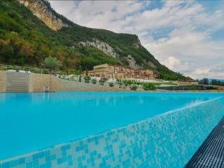 Riva Bahamas - 3929 - Sarnico - HLD 42381 - Sarnico vacation rentals