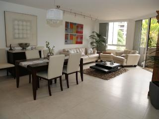 Nice Apartment in a Condo with Beach - Key Biscayne vacation rentals