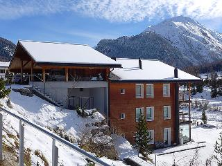 2 bedroom Apartment in Pontresina, Engadine, Switzerland : ref 2241927 - Pontresina vacation rentals