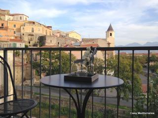 Appartamento in centro storico a 150 m dal mare - Scalea vacation rentals