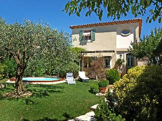 3 bedroom Villa in Carpentras, Provence, France : ref 2008261 - Carpentras vacation rentals