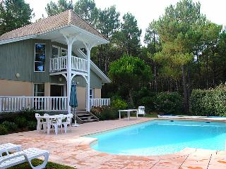 4 bedroom Villa in Lacanau, Gironde, France : ref 2242600 - Lacanau-Ocean vacation rentals
