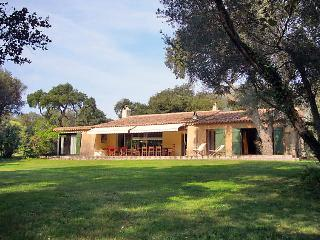 Villa in Sainte Maxime, Cote d'Azur, France - Le Plan-de-la-Tour vacation rentals