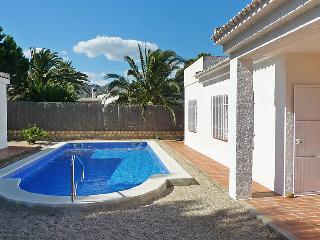 3 bedroom Villa in L'Ametlla de Mar, Costa Daurada, Spain : ref 2055787 - Calafat vacation rentals