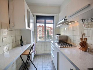 Huysmans - Studio, 2nd Floor - ZEA 48087 - Brussels vacation rentals