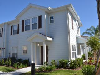 Cozy 4 Bedr townhouse -Lucaya Villages - Kissimmee vacation rentals