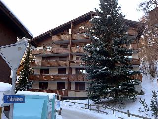 2 bedroom Apartment in Zermatt, Valais, Switzerland : ref 2250131 - Zermatt vacation rentals