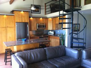 4 bedroom Apartment with Internet Access in Makaha - Makaha vacation rentals