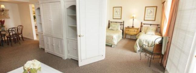 Premium 2 Bedroom Condo on Millionaire's Row - SBR 493 - Miami vacation rentals