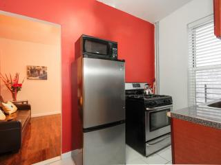 Hamilton Heights - Charming 2 Bedroom Apartment - RNU 65372 - Newark vacation rentals