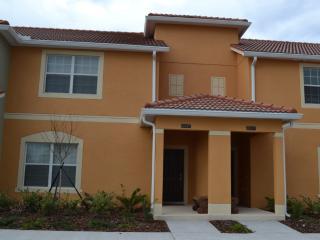 Beautiful 4 bedroom villa close to Disney - Four Corners vacation rentals
