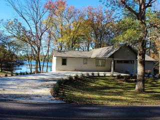 Newly Renovated 5bd Lake House on Lake Hamilton - Hot Springs vacation rentals