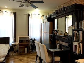 Cozy Apartment with Internet Access and Parking - Brooklyn vacation rentals