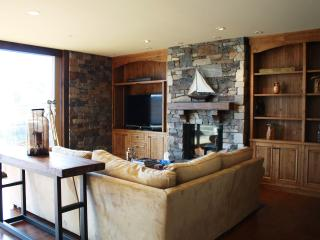 Lakefront Views, Boat Slip, and Gym, OH MY! - Somers vacation rentals