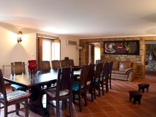 Bright 5 bedroom Villa in Meda with Dishwasher - Meda vacation rentals