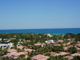 1 bedroom Apartment with Internet Access in Sunny Isles Beach - Sunny Isles Beach vacation rentals