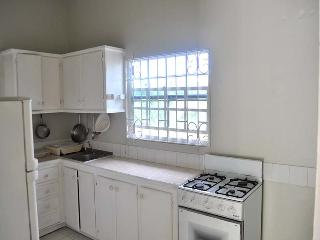 Lovely Apartment with Wireless Internet and Satellite Or Cable TV in Saint George's - Saint George's vacation rentals
