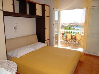 TH02820 Apartments Badurina / Two bedrooms A2 - Banjol vacation rentals